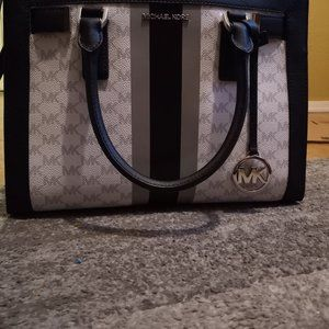 Michael Kors Stripe White Black Dillon MD Satchel